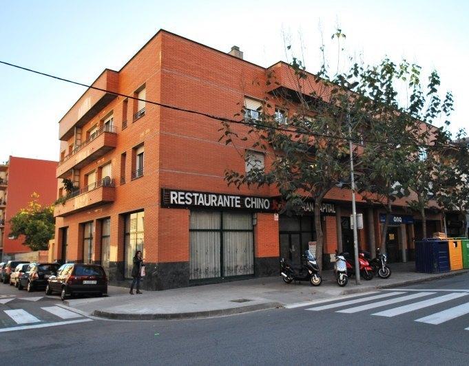 Alquileres directos parking ref foment 6 pk for Oficina habitatge girona